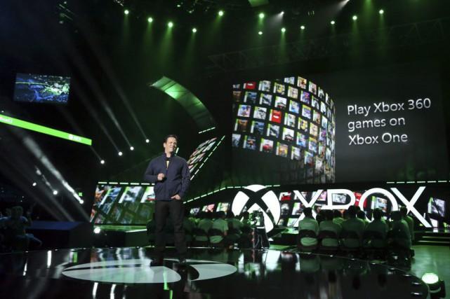 «La capacité arrière («backward capacity») d'Xbox One vous... (Photo Casey Rodgers, AP)