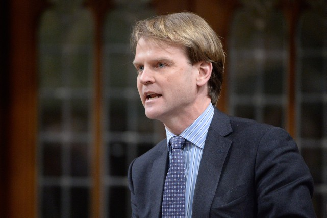 Le ministre fédéral de l'Immigration, Chris Alexander, estime... (PHOTO ADRIAN WYLD, LA PRESSE CANADIENNE)