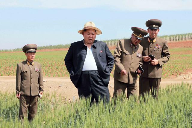 Le dirigeant nord-coréen Kim Jong-un qui a succédé... (PHOTO ARCHIVES AFP/KCNA)