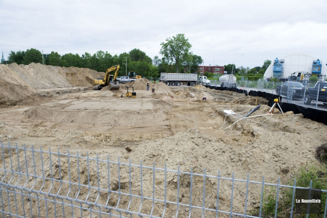 Les travaux de préparation du sol en vue... (Photo: Stéphane Lessard, Le Nouvelliste)