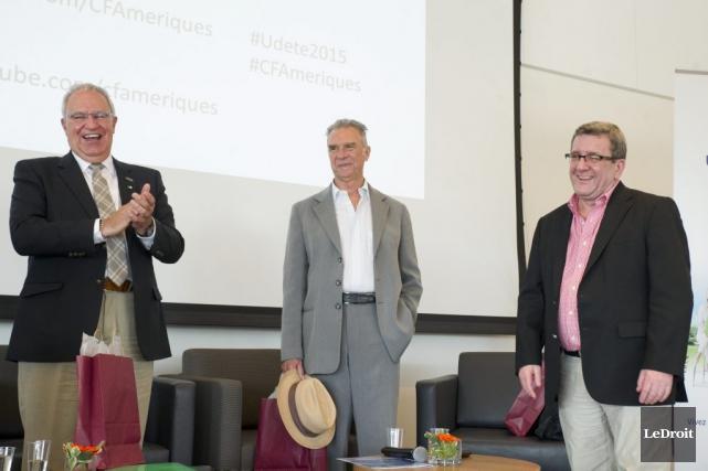 Denis Vaillancourt, président de l'AFO, Zachary Richard et... (Martin Roy, LeDroit)