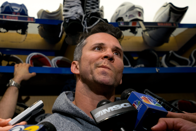 Martin St-Louis a-t-il disputé son dernier match avec... (Photo Craig Ruttle, AP)