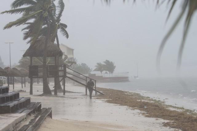 Cancún a été balayée le 14 juin par... (PHOTO CHRISTIAN PALMA, AP)