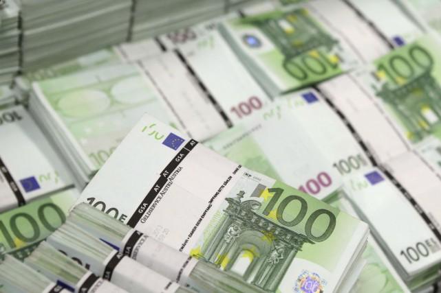 La Bundesbank a relevé vendredi sa prévision de croissance pour l'Allemagne en... (PHOTO LEONHARD FOEGER, ARCHIVES REUTERS)