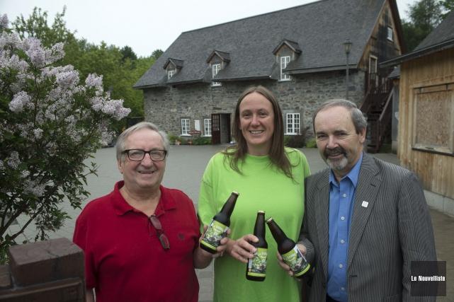 Ci-dessus, on aperçoit Jean Bécotte et Anne-Marie Schaerlie,... (Photo: Stéphane Lessard Le Nouvelliste)