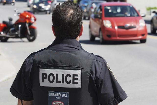 Les policiers de Granby ont eu recours à... (photo Alain Dion)