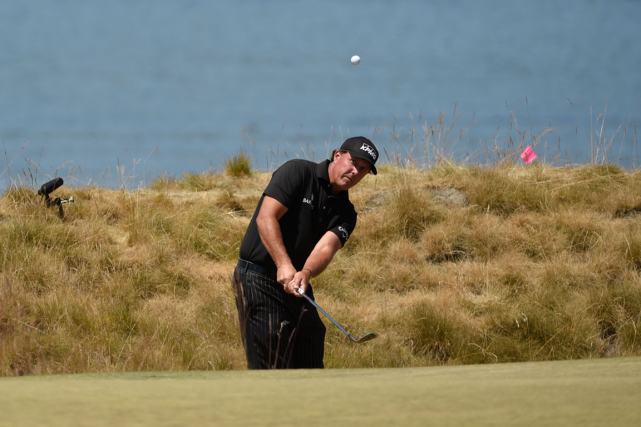 Pour Phil Mickelson, le parcours de Chambers Bay,... (Photo John David Mercer, USA Today)