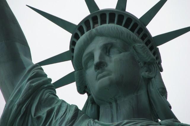 1885 - La statue de la Liberté, oeuvre d'Auguste Bartholdi et don de la France... (La Nouvelle, Jonathan Custeau)