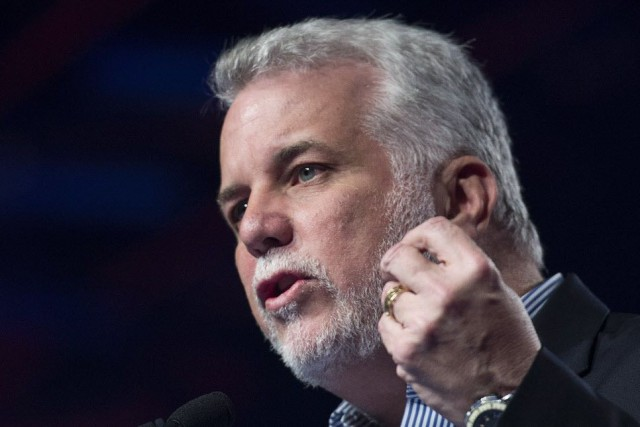 Le premier ministre Philippe Couillard... (Photo Graham Hughes, Archives La Presse canadienne)