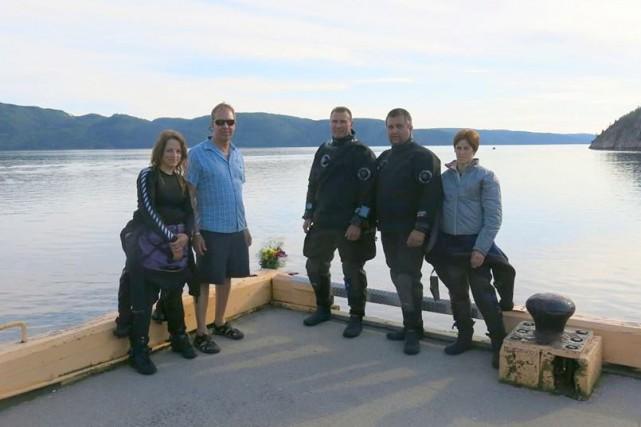 Les plongeurs Sonia Boudreau, Gilles Tremblay, Carl Simard,... ((Courtoisie))