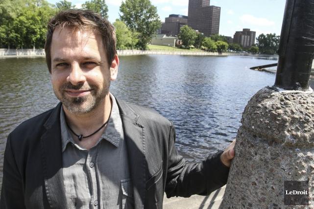 Le directeur artistique d'AGWÀT,Alain St-Jean.... (Patrick Woodbury, LeDroit)