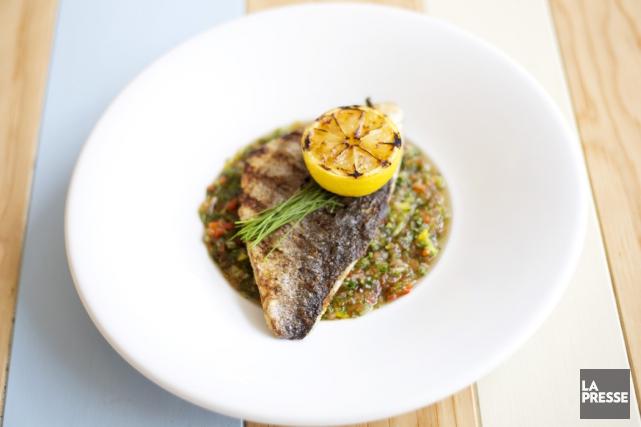 Que vous grilliez du poisson, de la viande rouge, des légumes ou du poulet, il... (PHOTO OLIVIER JEAN, LA PRESSE)