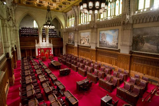 Tout juste avant que la motion des sénateurs... (Photo Adrian Wyld, archives La Presse Canadienne)