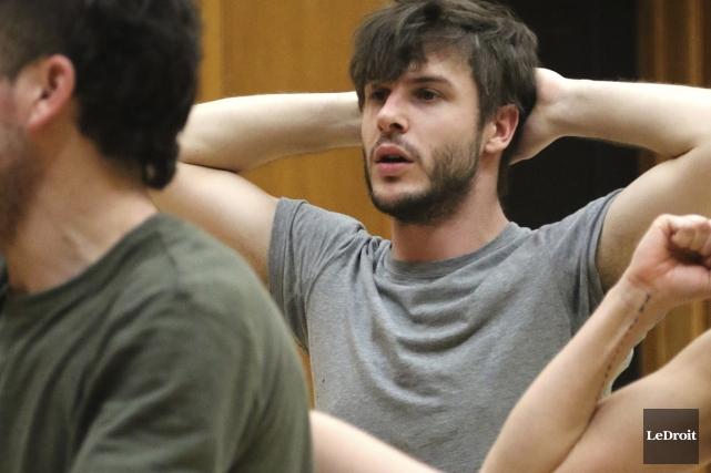 Le danseur Simon renaud sera occupé durant l'année... (Patrick Woodbury, LeDroit)