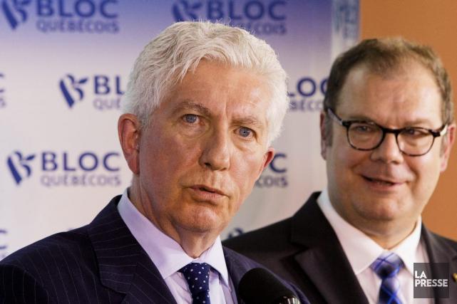 Gilles Duceppe et Mario Beaulieu ont lanceé samedi... (PHOTO ALAIN ROBERGE, ARCHIVES LA PRESSE)