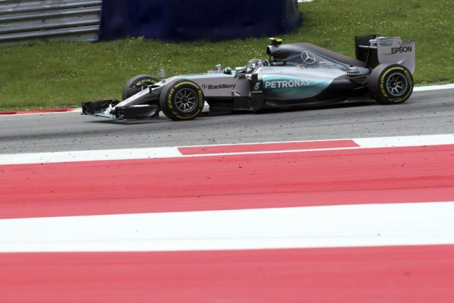 Nico Rosberg était en grande forme hier. Il... (Associated Press)