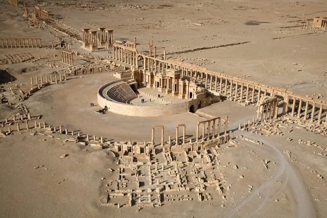 Une partie de la cité antique de Palmyre,... (PHOTO CHRISTOPHE CHARON, ARCHIVES AFP)