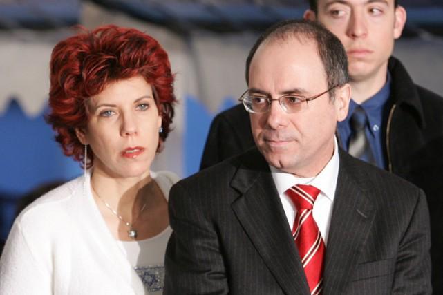 Judy Shalom Nir-Mozes et son mari Silvan Shalom... (ARCHIVES AP)