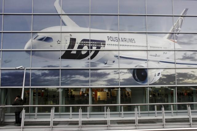 Une attaque contre les systèmes informatiques de la compagnie aérienne... (ARCHIVES REUTERS)