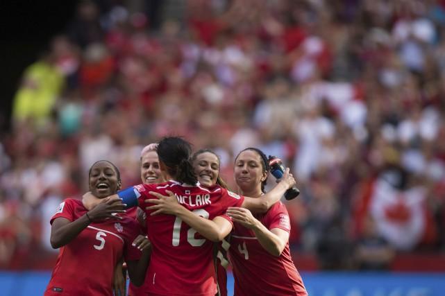 La Québécoise Josée Bélanger a marqué à la 52e minute, la gardienne Erin McLeod... (La Presse Canadienne)
