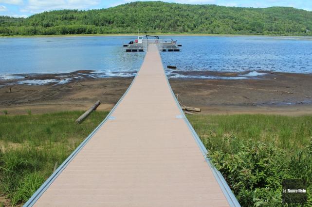 Le niveau de la rivière Saint-Maurice est anormalement... (Photo: Audrey Tremblay, Le Nouvelliste)