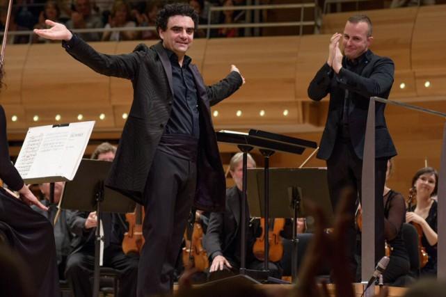 Yannick Nézet-Séguin avait invité le soliste Rolando Villazón... (PHOTO FOURNIE PAR L'ORCHESTRE MÉTROPOLITAIN)