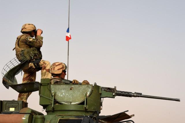 La France va accroître son soutien militaire à... (PHOTO AFP)