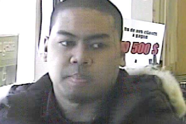 Le Service de police de Sherbrooke (SPS) fait circuler les photos d'hommes... (Photo fournie par le SPS)