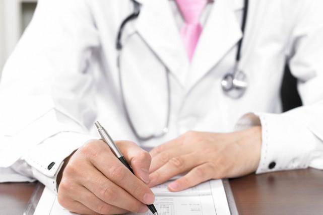 Neuf des dix médecins oeuvrant actuellement à la... (PHOTO THINKSTOCK)