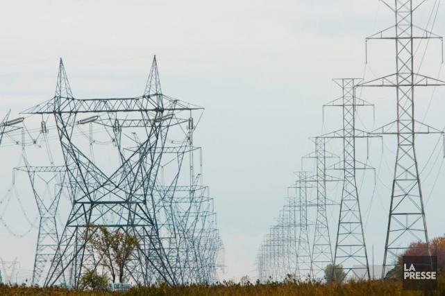 Des cellules orageuses et de puissants vents ont... (Photo archives La Presse)