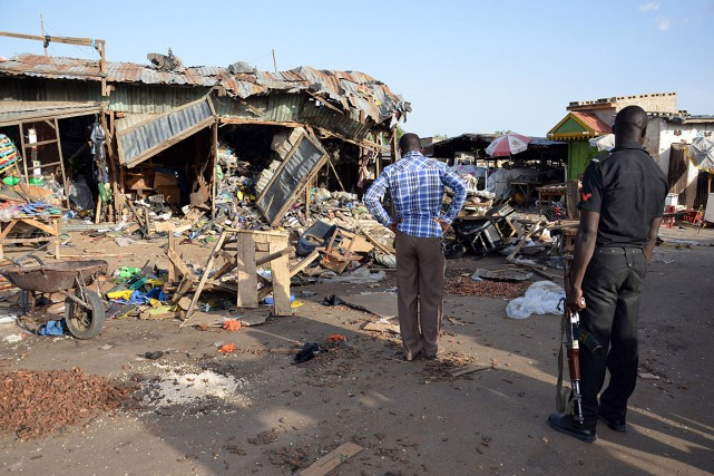 Deux attentats-suicides qui ont fait une trentaine de... (PHOTO AFP)