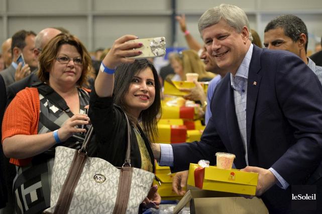 Comme chaque année, le premier ministre vient faire... (Le Soleil, Pascal Ratthé)