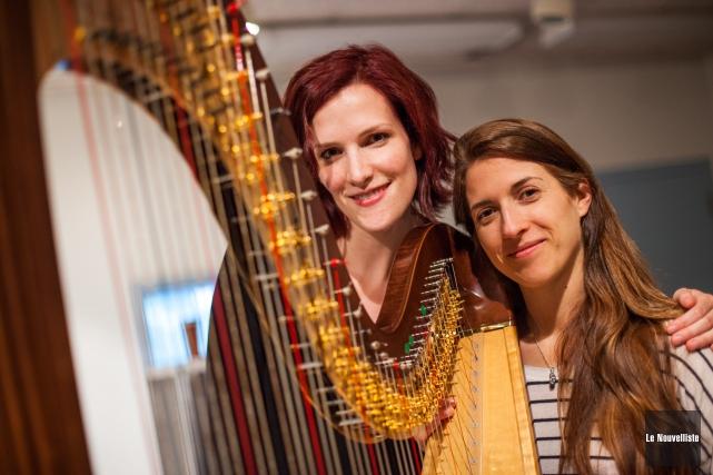 La harpiste Valérie Milot et la marimbiste Anne-Julie... (Photo: Olivier Croteau Le Nouvelliste)