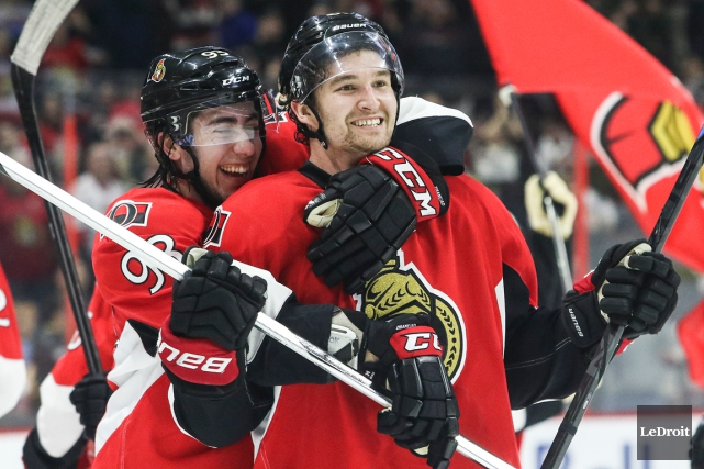 Mika Zibanejad et Mark Stone... (Photo Patrick Woodbury, Le Droit)