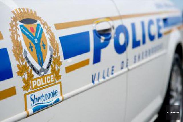 Les policiers du Service de police de Sherbrooke ont procédé à une importante... (Archives La Tribune)