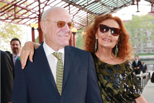 BarryDilleraux côtés de sa femme, Diane von Furstenberg,... (Photo Amy Sussman, Invision/Archives AP)
