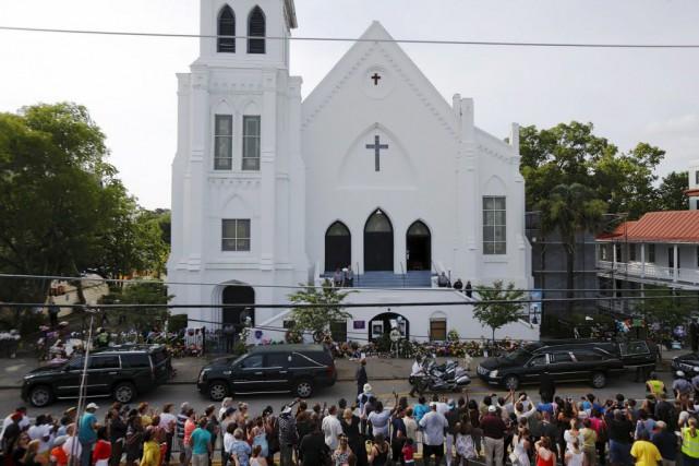 Les obsèques des autres victimes doivent avoir lieu... (PHOTO BRIAN SNYDER, REUTERS)