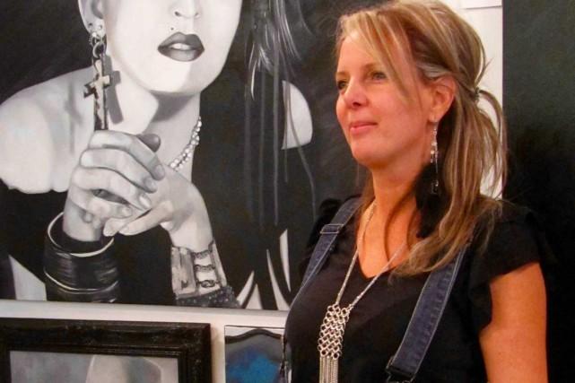 L'artiste-peintre Hélène Delaunais expose tout l'été dans sa... (Photo fournie par Hélène Delaunais)