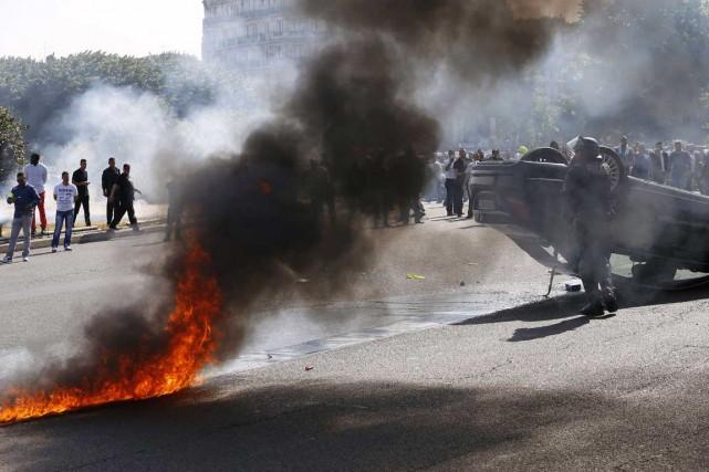 À la porte Maillot, l'un des points d'entrée... (AFP, THOMAS SAMSON)