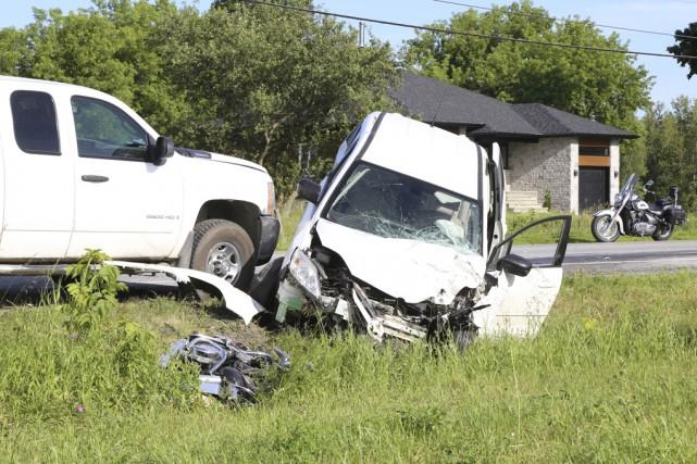 Un motocycliste a été tué et une automobiliste... (photo Janick Marois)