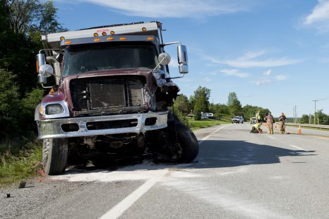 La collision frontale est survenue sur la route... (Imacom, Julien Chamberland)