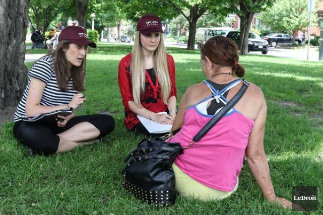 Des avocats et des étudiants en droit de l'Université d'Ottawa se sont... (PATRICK WOODBURY, LeDroit)