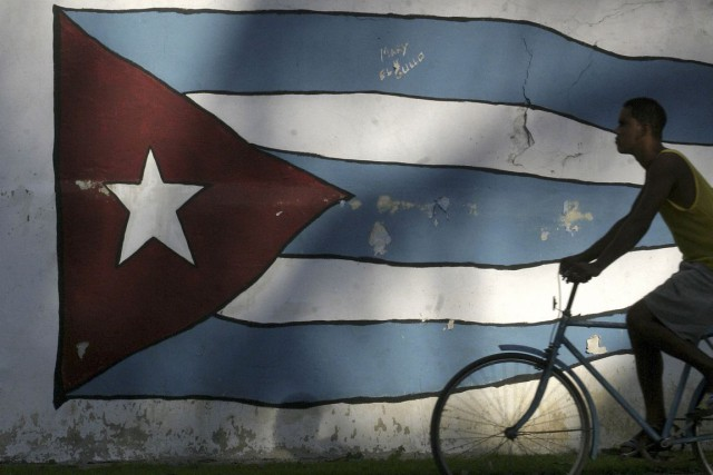 Les voyages des citoyens cubains à l'étranger ont augmenté de 23,7% en 2014 par... (PHOTO ENRIQUE DE LA OSA, ARCHIVES REUTERS)