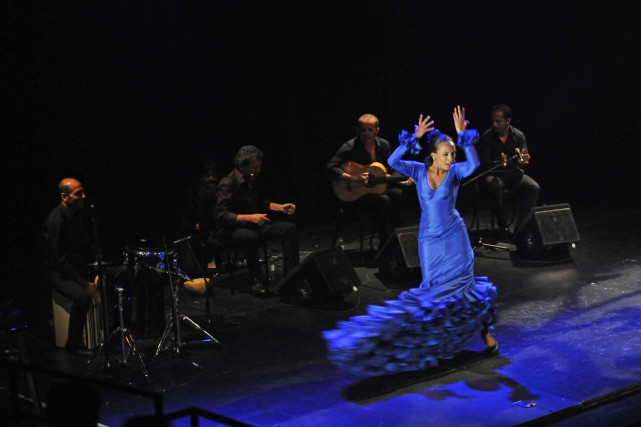 La danseuse Ana Pérez en action....