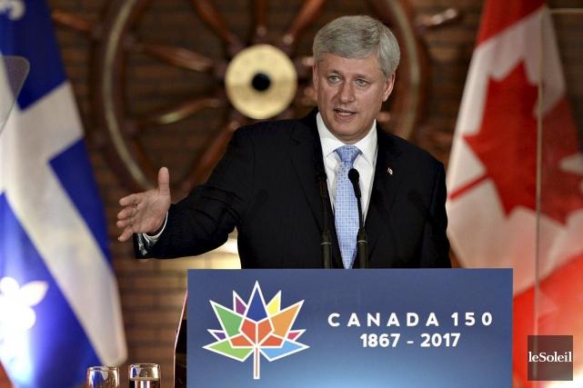 Stephen Harper était à Québec jeudi matin... (Patrice Laroche, Le Soleil)