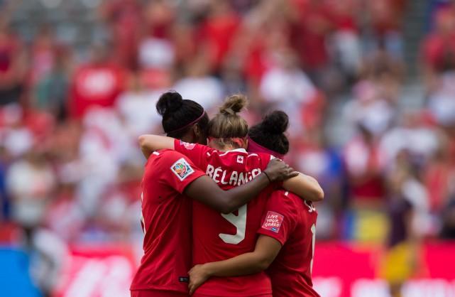 L'Angleterre a inscrit deux buts en trois minutes en début de match et le... (Photo PC)