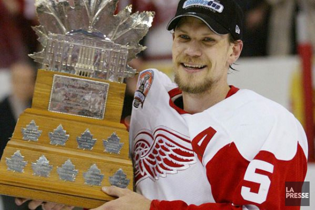 Nicklas Lidstrom a remporté le Conn Smythe en... (Photo d'archives, La Presse)