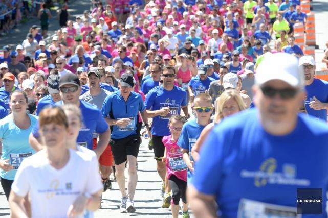 Ils étaient près de 4000 coureurs à prendre... (Imacom, Maxime Picard)
