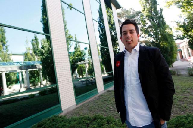 Jonathan Beauchamp se présente aux prochaines élections fédérales... (Simon Séguin-Bertrand, Archives LeDroit)
