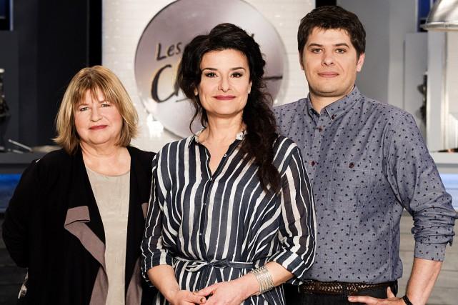 L'animatrice Chantal Fontaine, entourée des nouveaux juges Anne... (Photo Yann Turcotte)